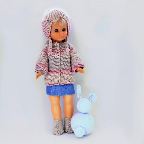 Patrón jersey, gorro, falda vaqueta y botas para Nancy