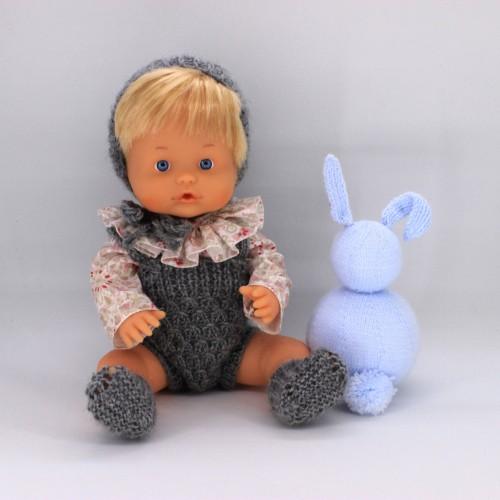 Conjunto pelele , capota y patucos de lana con camisa de tela para Nenuco 32 cm cuerpo duro