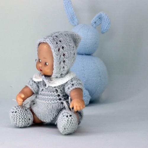 Patrón pelele cuello bebé, con gorro pixie y patucos Barriguitas