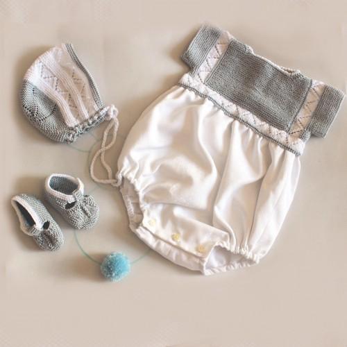 Patrón pelele de hilo gris y blanco bebé 1-3 meses