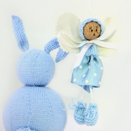 Angelito de lana y cinta celeste