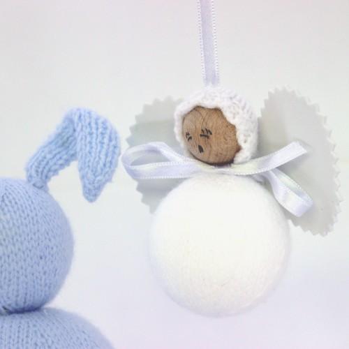 Angelito clásico de lana blanco
