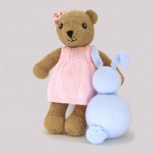 Patrón oso con vestido
